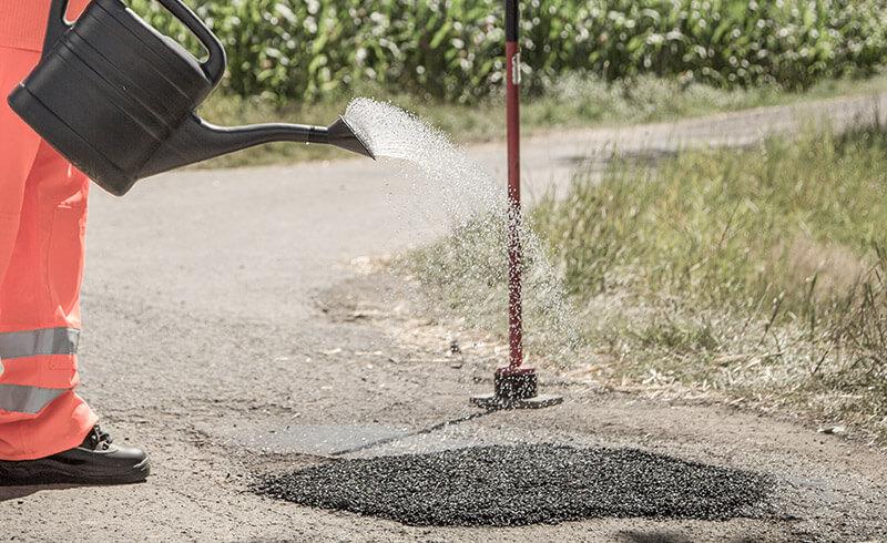 frischer asphalt befahrbar